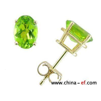 时尚宝石耳环:小巧精致入人心_彩宝馆_珠宝之家